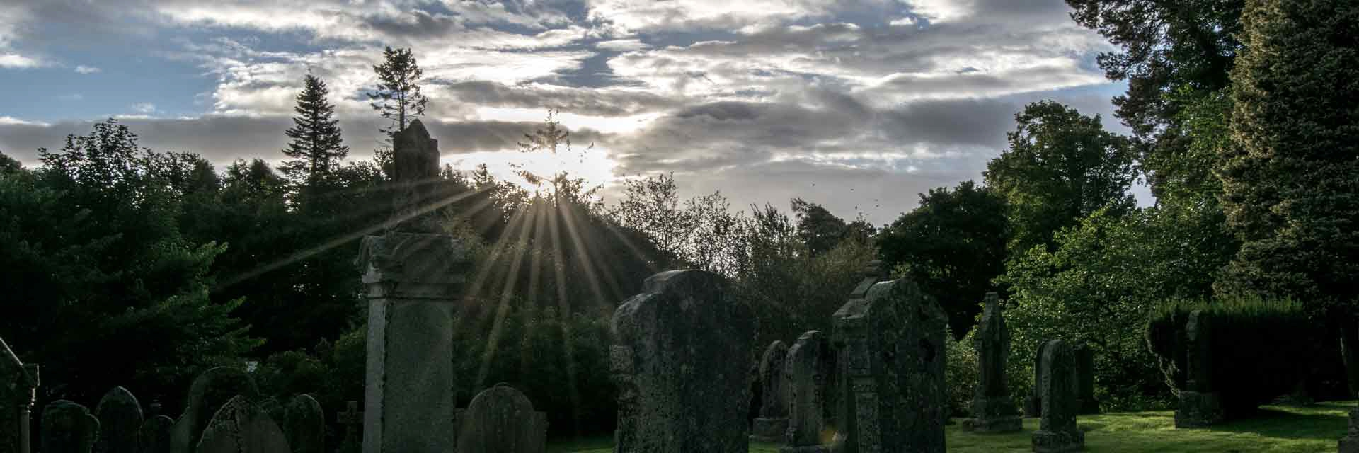 graveyard around Kingussie Church